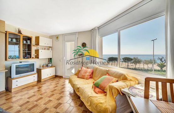 Sea view apartment with 2 bedrooms from Costa Barava