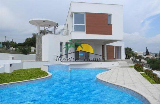 For Sale 548m² Villa in Limassol