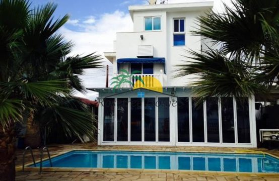 For Sale 150m² Villa in Larnaka