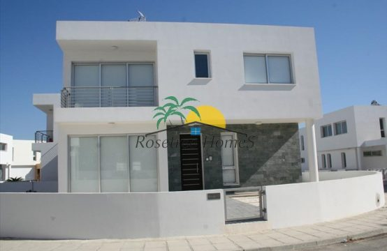 For Sale 146m² Detached house in Larnaka