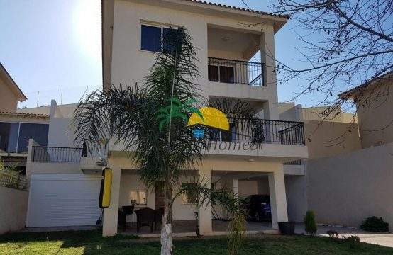 For rent 210.00 sq.m. Villa in Mouttagiaka: Price from 2000€/per month