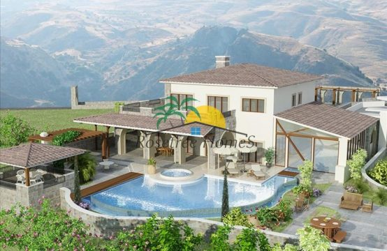 For Sale 740m² Villa in Paphos