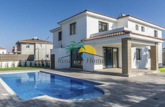 For Sale 200 sq.m. Villa from Pyla