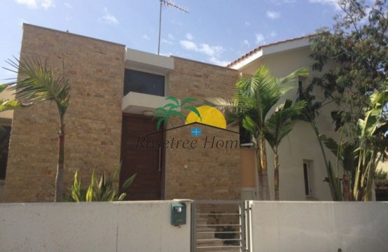 For rent  sq.m. Villa in Pervolia: Price from 1500€/per month