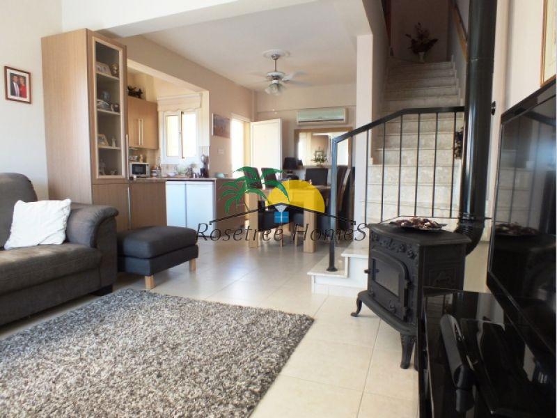 For Sale 105 sq.m. Villa from Mazotos